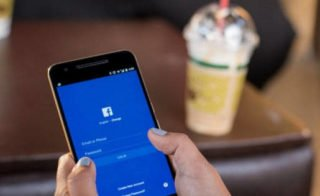 Facebook pracuje na vlastní kamera aplikaci?   novinky