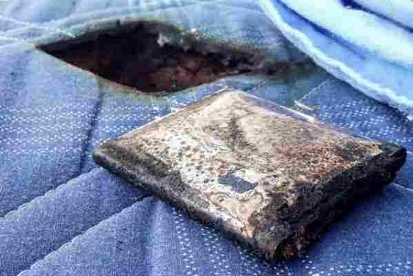 Samsung Galaxy S III explodoval