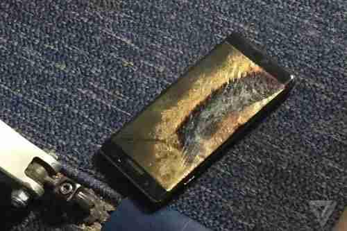 Galaxy Note 7 v jednom ohni