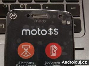 Moto G5 Plus mobilní telefon