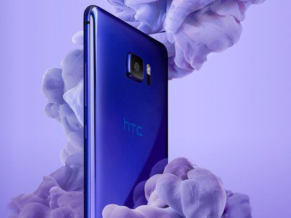 Mobile phone HTC U Ultra