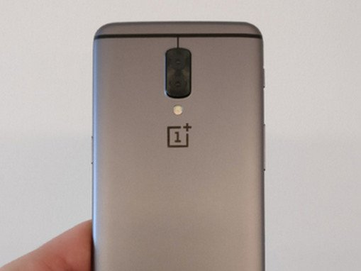 Potvrzeno! OnePlus 5 bude mít Snapdragon 835 a přední snímač otisků prstů   novinky