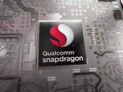 Qualcomm vyvíjí čip Snapdragon Wear 429