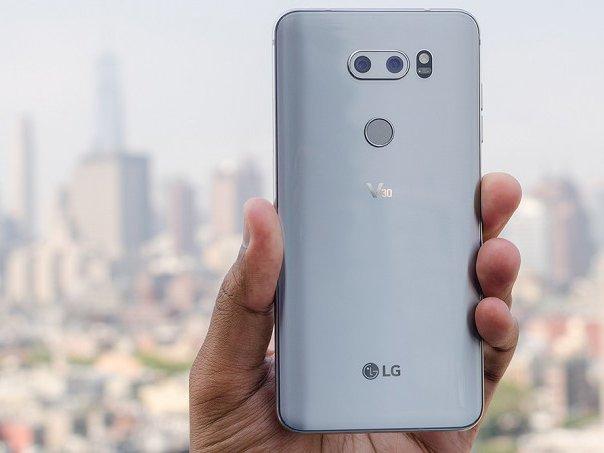 2018 LG V30