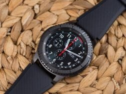 Samsung Gear S4 ( Galaxy Watch) možná bude s Wear OS