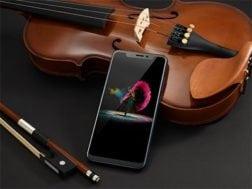 Skládané telefony od ZTE vypadají jako Samsung Galaxy Fold