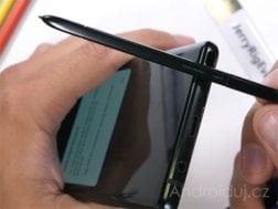 Samsung Galaxy Note 9 šel pod odborný zátěžový test