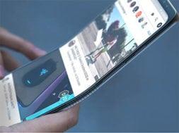 Samsung i přes všechno bude mít první telefon, který se bude ohýbat