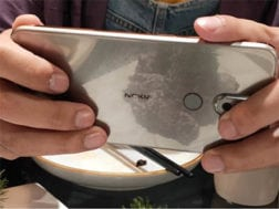 Nokia 7.1 Plus na fotkách v držení zákazníků