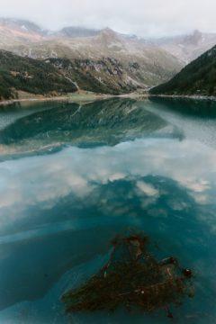 Jezero při denním světle