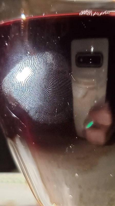 Snímač otisků prstů ultrasonic lze oblafnout