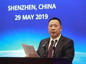 Huawei nemá povinnost informovat čínskou vládu