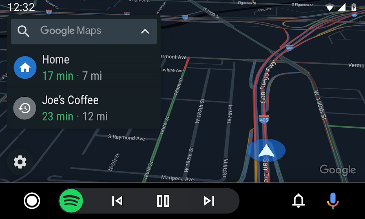 Android auto navigace a spotify