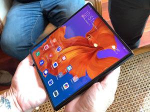 Huawei Mate X dorazí s Kirin 990