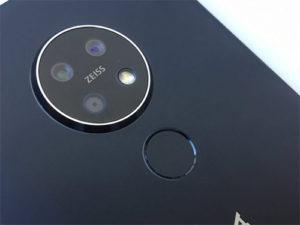 Nokia 7.2 s okrouhlou kamerou