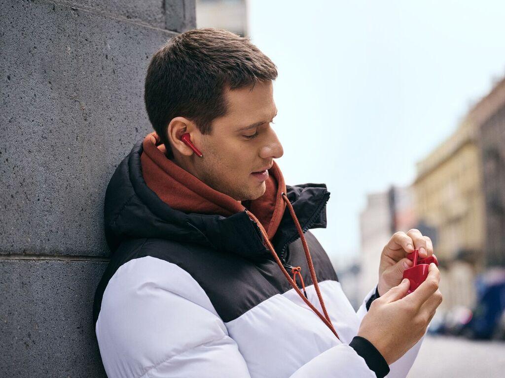 Huawei FreeBuds 3 nově v červené variantě